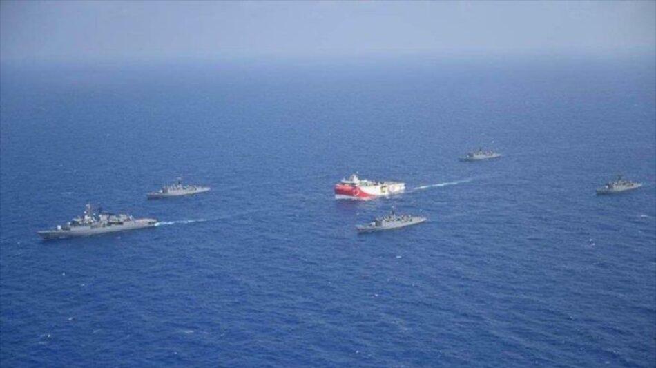 Erdogán advierte que continuará sus operaciones militares navales en el