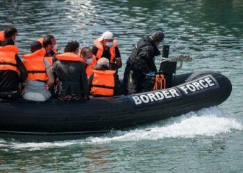 ACNUR, OIM: «La intercepción en el mar no es la solución para los cruces en el Canal de la Mancha»