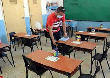 IU y PCE exigen más inversión pública para garantizar una vuelta segura a los centros educativos