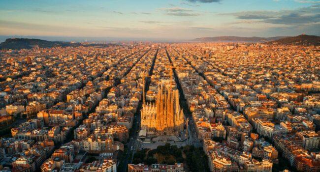 La COVID-19 afecta más a las zonas pobres de la ciudad de Barcelona