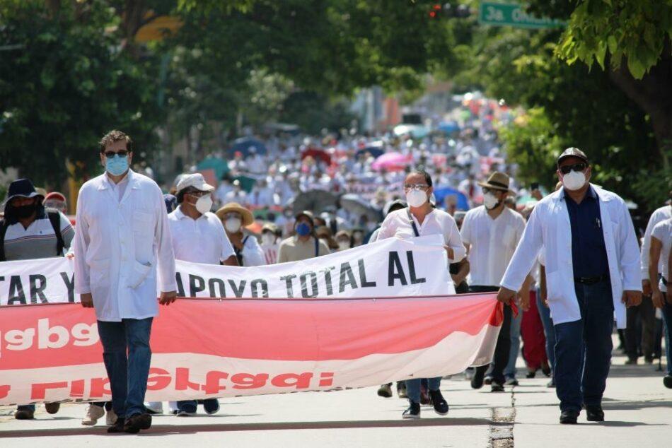 """""""Justicia"""", la exigencia de trabajador@s de la salud en Chiapas"""