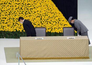 Japón celebra 75º aniversario de rendición de II GM con emperador expresando «profundo remordimiento» por actos de guerra