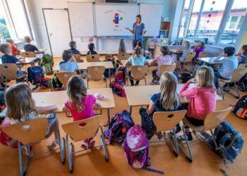 CGT denuncia a la Consejería de Educación de la Junta de Andalucía ante la Inspección de Trabajo