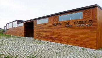 El alcalde del PP en Cabana de Bergantiños recibe un aluvión de críticas por su gestión cultural del Centro Arqueológico del Dolmen de Dombate