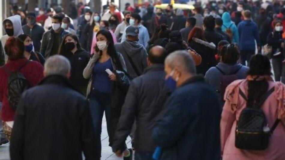Chile reporta peor caída del PIB desde 1982