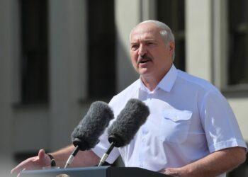 Lukashenko anuncia que Bielorrusia podrá celebrar nuevas elecciones después de que se adopte una nueva Constitución