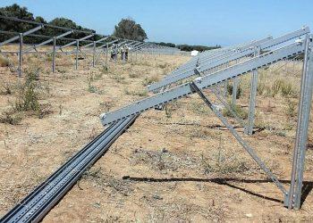 Alertan dos abusos da construtora Enfoscados Norte, que mobiliza operarios galegos a parques solares andaluces