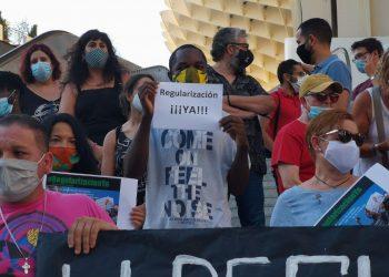 """Adelante Sevilla insiste en la tarjeta de vecindad y alerta de """"la situación desesperada que viven muchas personas migrantes"""""""