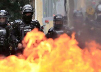 Alcaldesa de Bogotá pide perdón a víctimas de represión policial
