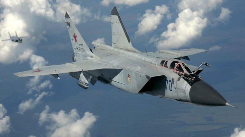 Caza ruso intercepta aviones de EEUU y el Reino Unido en Balcanes