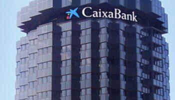 Decidim demana al Consell de la Generalitat i a les Corts que s'oposen a la fusió de Caixabanc i Bankia.