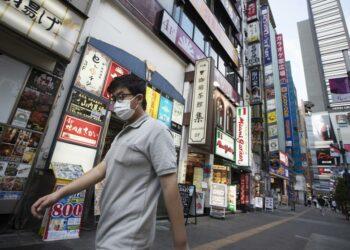 La economía de Japón sufre la peor caída desde la Segunda Guerra Mundial