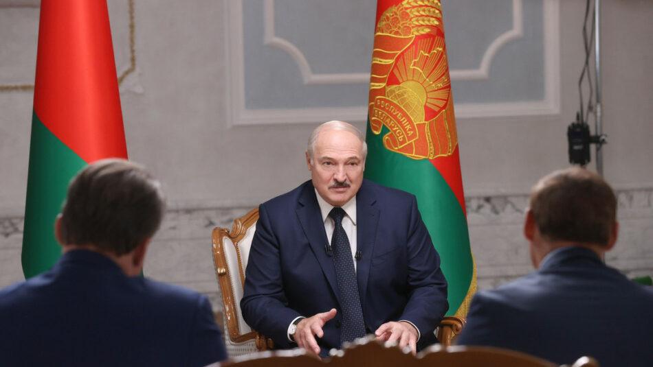 Lukashenko comenta la detención de Kolésnikova, revela cómo percibe las protestas masivas y qué piensa sobre los que votaron en su contra