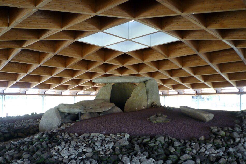 Dolmen de Dombate: El PP convierte el patrimonio arqueológico más sensible de Galicia en una sala de conciertos