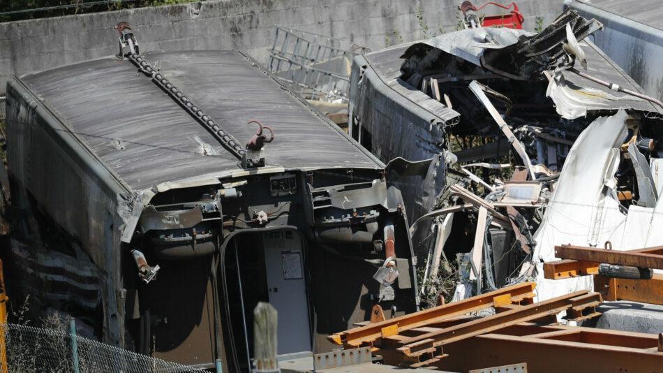 La justicia da por finalizada la investigación del accidente del Alvia con dos acusados, un cargo de Adif y el maquinista