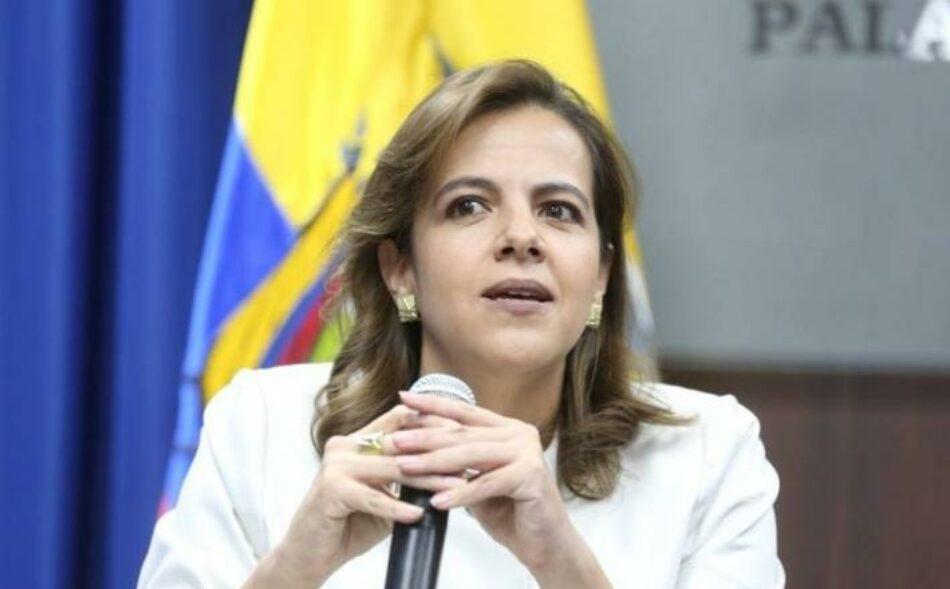 Acusan a la ministra de Gobierno (Interior) ecuatoriana de tráfico de influencias