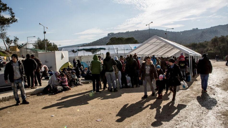 Más de 30 ONG exigen en Grecia medidas urgentes para reubicar y atender a los refugiados del campo incendiado de Moria