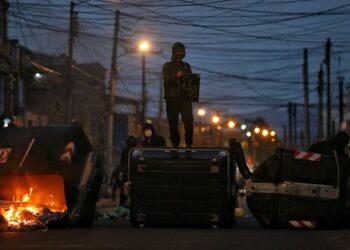Continúan las protestas contra la violencia policial en Colombia