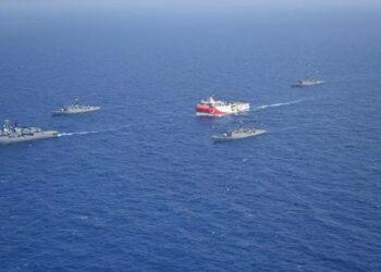 El buque de exploración turco abandona la zona en disputa con Grecia