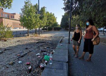 """Adelante Andalucía denuncia """"la desesperada situación"""" de Polígono Norte y la falta de limpieza en los barrios obreros de Sevilla"""