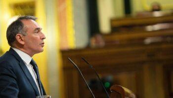 """Enrique Santiago denuncia en el Pleno que C's comparte con PP y Vox una """"actitud sediciosa"""" por """"negar el derecho a gobernar, a participar o a elegir a los que votan a otras opciones"""""""