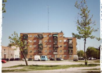 El Ayuntamiento de Madrid construirá un aparcamiento disuasorio en una parcela de San Fermín reservada para el instituto público del barrio