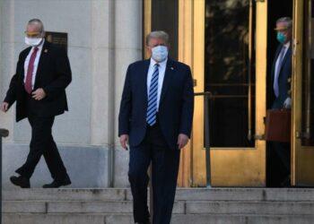 Principal epidemiólogo de EEUU alerta de posible recaída de Trump