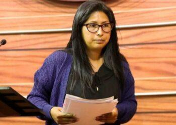 Presidenta de Senado de Bolivia denuncia intimidaciones de Áñez