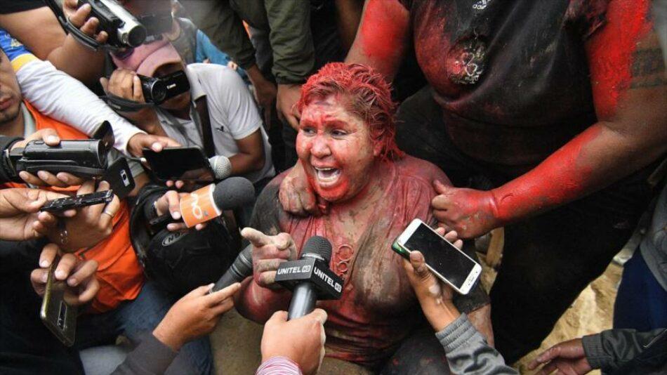 Alcaldesa linchada por golpistas ahora será senadora por el MAS