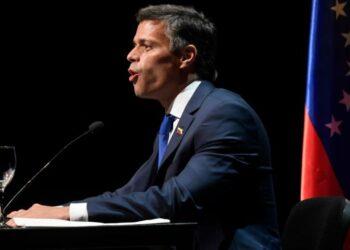 'Fuga de Leopoldo López debilita más a la oposición venezolana'