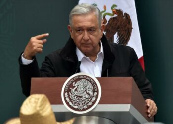 AMLO promete abrir una investigación judicial sobre Cienfuegos