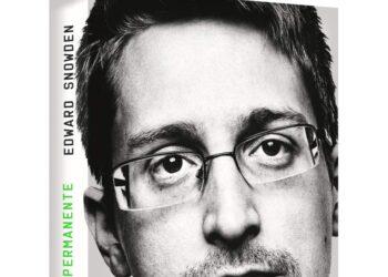 Juez ordena a Snowden entregar al gobierno estadunidense 4.2 millones de dólares que obtuvo por la venta de su libro