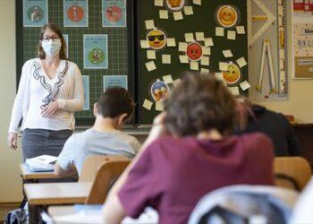 STERM denuncia falta de transparencia en la incidencia del COVID en las aulas