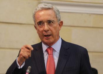 La justicia colombiana libera al ex presidente Álvaro Uribe
