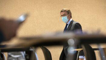El Gobierno de Feijóo, incapaz de contener el aluvión de contagios de coronavirus en las residencias de mayores