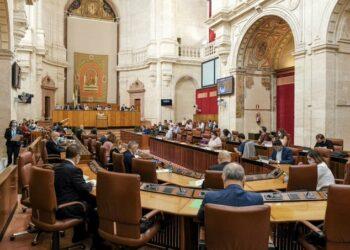 El TC admite la denuncia de Adelante contra la presidenta del Parlamento por vulnerar derechos fundamentales