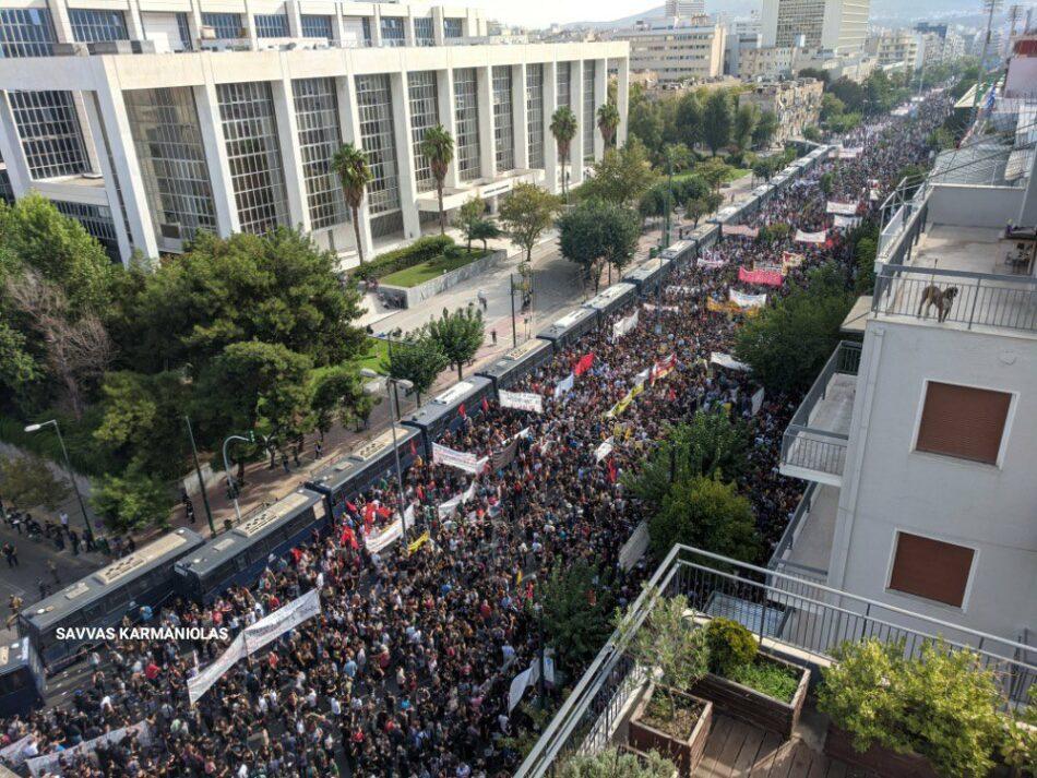 La cúpula del partido fascista Amanecer Dorado, condenada como organización criminal por la justicia griega