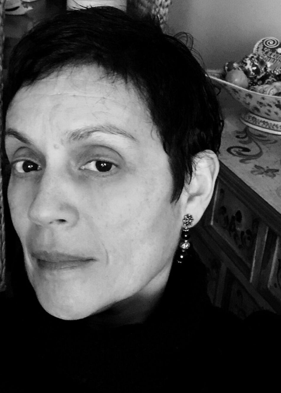 """Entrevista con la filósofa Marifé Santiago Bolaños: """"Crear es rebelarse contra lo que frena nuestra libertad"""""""