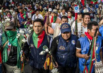 Miles de indígenas colombianos se concentran en el Cauca