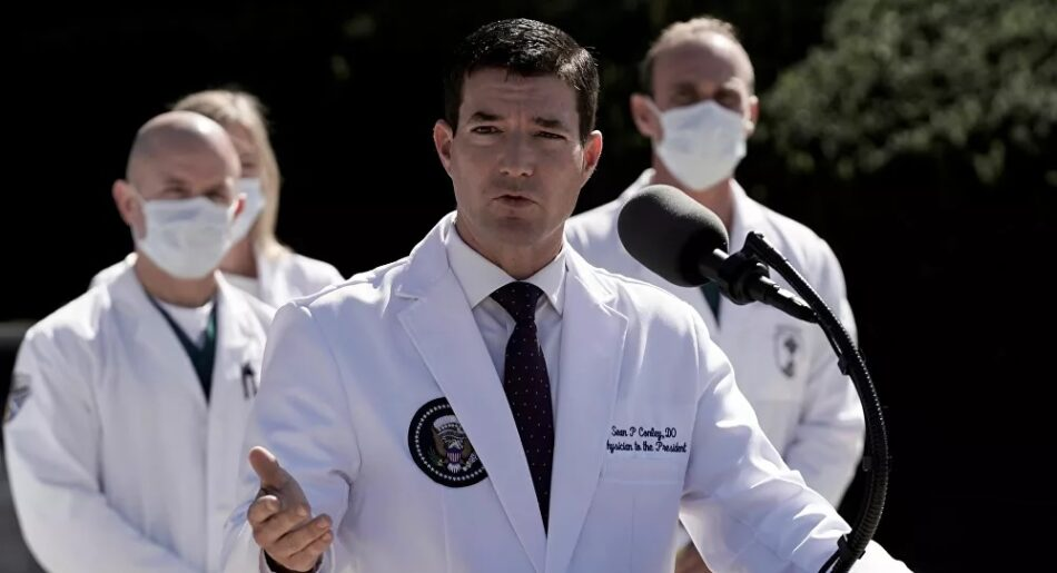 Los médicos ven con «optimismo cauteloso» el estado de salud de Trump