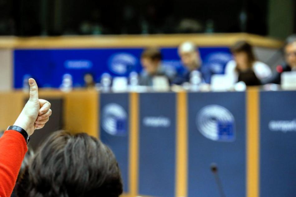 Ecologistas en Acción reclama en Europa soluciones al problema del lindano