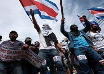 Sindicatos costarricenses convocan a nueva marcha contra el FMI
