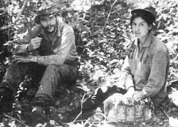 Loyola Guzmán: «Yo combatí con el Che»