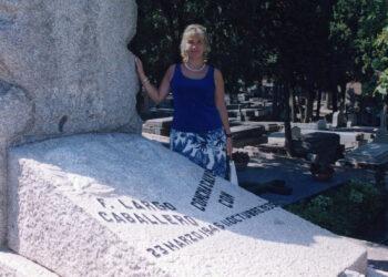 Homenaje a Largo Caballero e Indalecio Prieto frente a los ataques fascistas