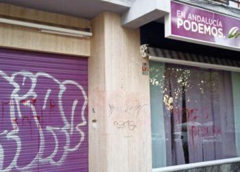 Podemos denuncia pintadas amenazantes en su sede de Granada