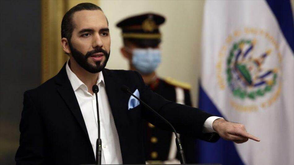 Nayib Bukele acusa a Manuel Merino de «golpista» y no reconoce su gobierno en Perú
