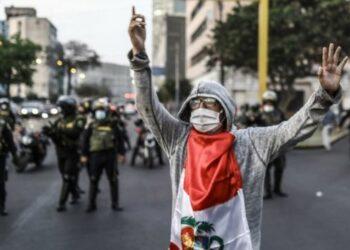 Continúan las protestas en Perú contra el ejecutivo de transición presidido por Merino