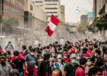 Condenamos la represión en Perú y apoyamos el llamado a elecciones y proceso constituyente