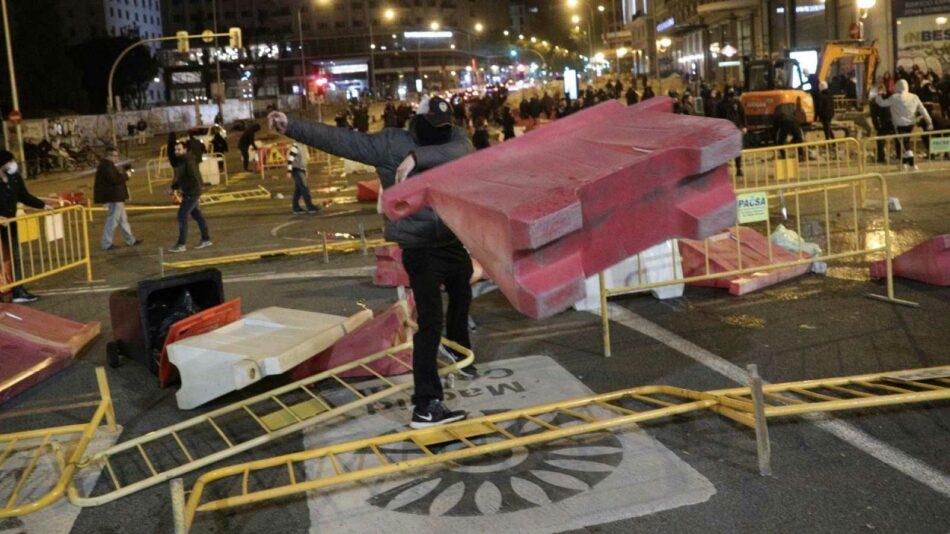 La extrema derecha alenta disturbios en varias ciudades contra las medidas de contención del coronavirus