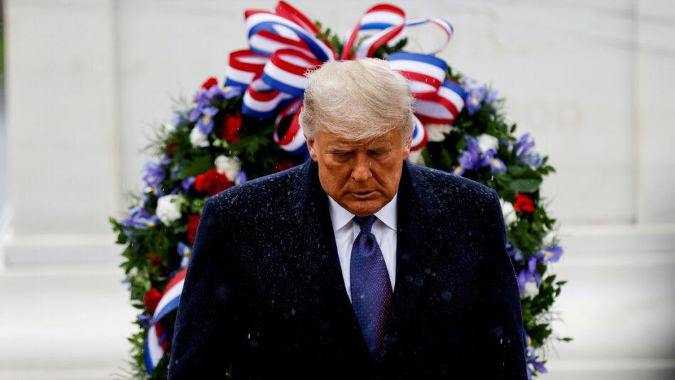 «El tiempo lo dirá»: Trump reaparece en público y parece reconocer por primera vez que Biden podría sucederlo